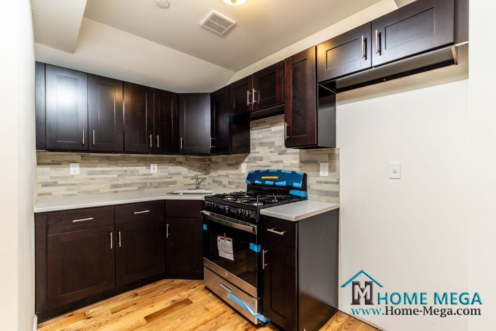 House for sale in Queens