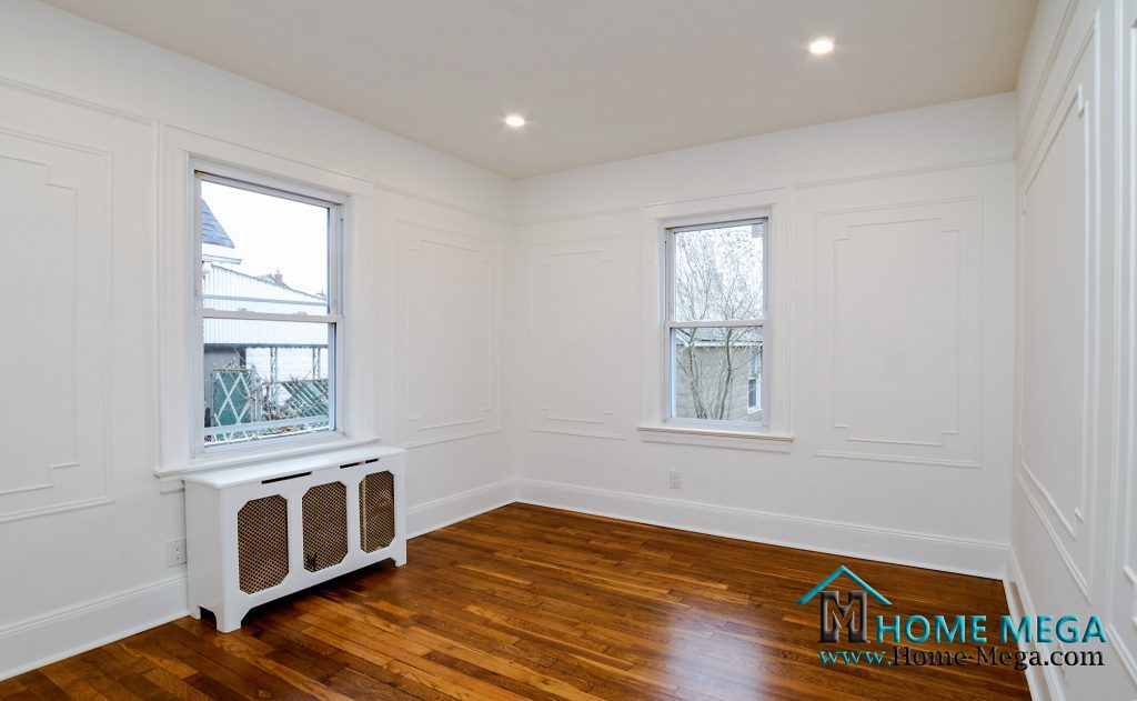 One family for sale in Queens