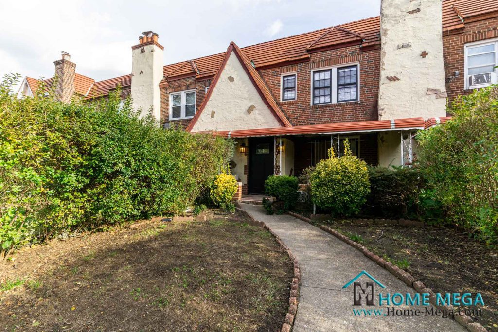 Houses for sale in Queens New York
