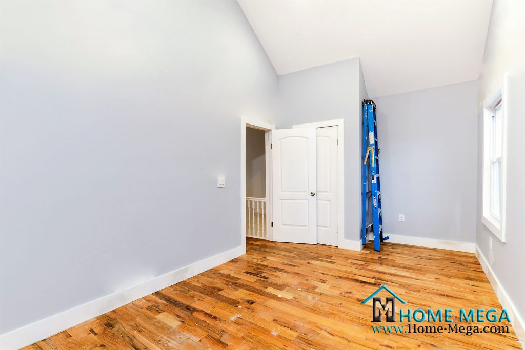 House for sale in Queens New York